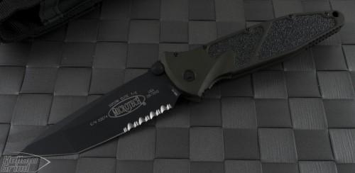 Microtech Knives Socom Elite T/E Folder Knife (4in Color Coated Part Serr S35-VN) 161-2GRT - Front