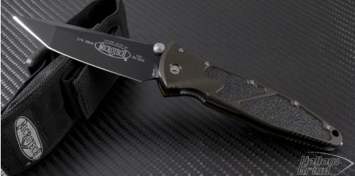 Microtech Knives Green Socom Elite T/E Folder Knife (4in Black Plain S35-VN) 162-1GRC - Front