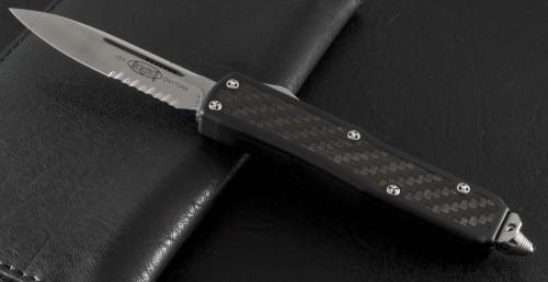 (#124-11) Microtech Daytona S/E Stonewash Serrated - Front