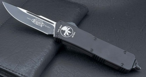 (#107-1T) Microtech Scarab Executive S/E Black Tact Plain - Front