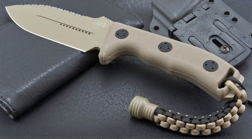 Microtech Crosshair D/E Tan (Full Serrations) - Front