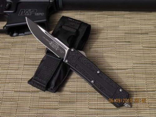 Microtech Scarab - S/E - Black - Plain Edge - Front