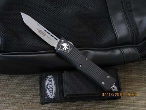 Microtech Troodon - Tanto - Bead Blast - Plain - Front