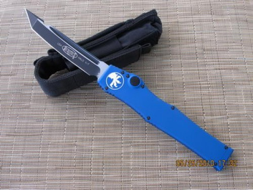 Microtech Halo V - Blue Handle - Tanto - Plain - Front