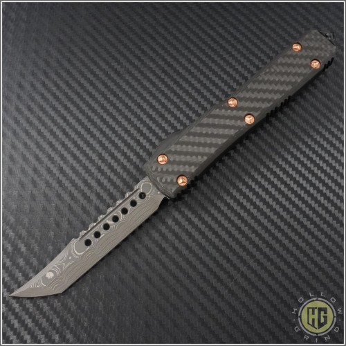 (#119-16CFC) Microtech Ultratech Hellhound Damascus Plain w/ Carbon Fiber Top and Copper Hardware - Front