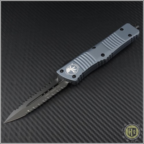 (#142-D3DLCGY) Microtech Gray Combat Troodon D/E DLC Double Fully Serrated - Front