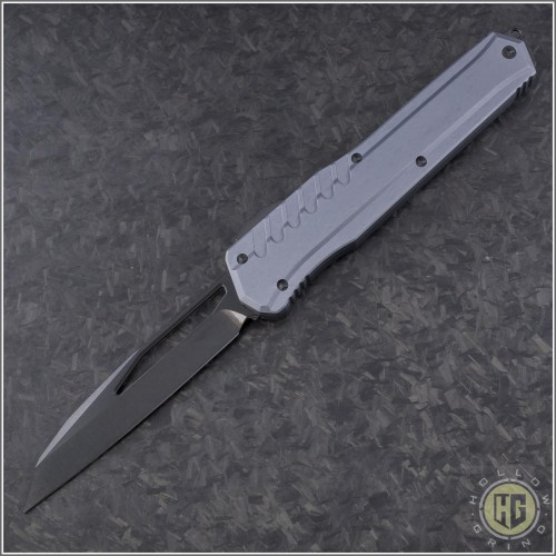 (#241M-1DLCGY) Microtech Cypher MK7 Wharncliffe DLC - Front