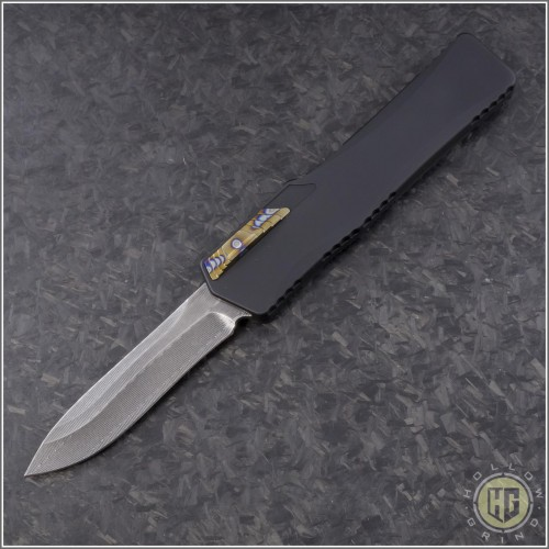 (#HTK-H017-DAM-CF2) Heretic Knives Cleric Recurve Damascus w/ Carbon Fiber Cover - Front