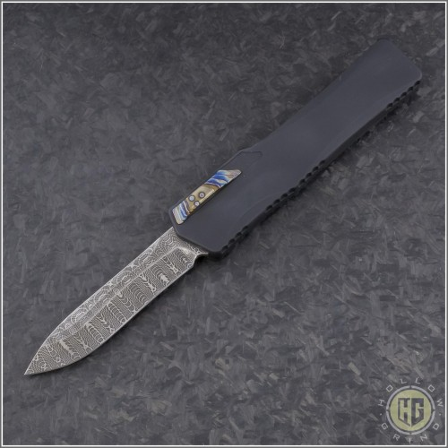 (#HTK-H017-DAM-CF3) Heretic Knives Cleric Recurve Damascus w/ Carbon Fiber Cover - Front